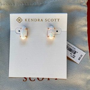 NWT Kendra Scott White Opal Betty